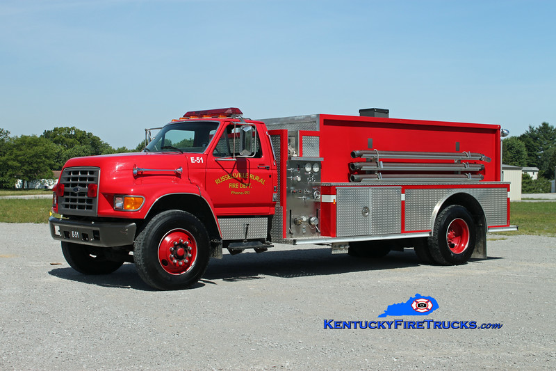 <center> Russellville Rural  Tanker 51 <br> 1999 Ford F-750/E-One 250/1800 <br> Kent Parrish photo </center>