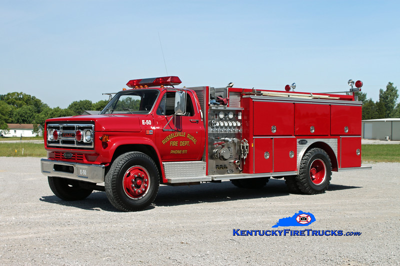 <center> Russellville Rural  Engine 50 <br> 1988 GMC 7000/E-One 1000/1000 <br> Kent Parrish photo </center>
