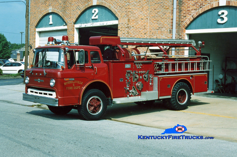 <center> RETIRED <br> Russellville  Engine 5 <br> 1973 Ford C/American LaFrance 1250/500 <br> Kent Parrish photo </center>