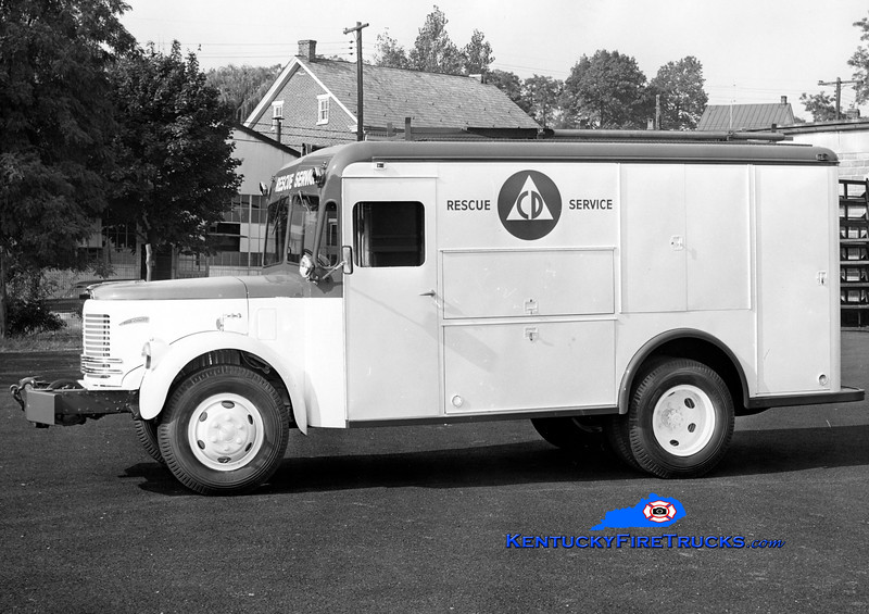 Louisville Civil Defense <br /> 1953 Reo/Swift <br /> Kent Parrish collection