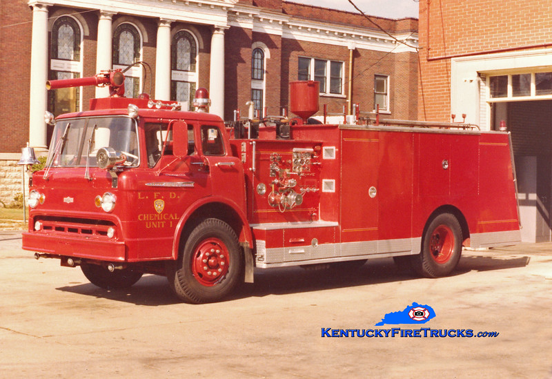 <center> RETIRED <br> Louisville  Chemical Unit 1 <br> 1962 Ford C-1000/Pirsch 500/500/200F/CO2/DC <br> Kent Parrish collection <br> </center>
