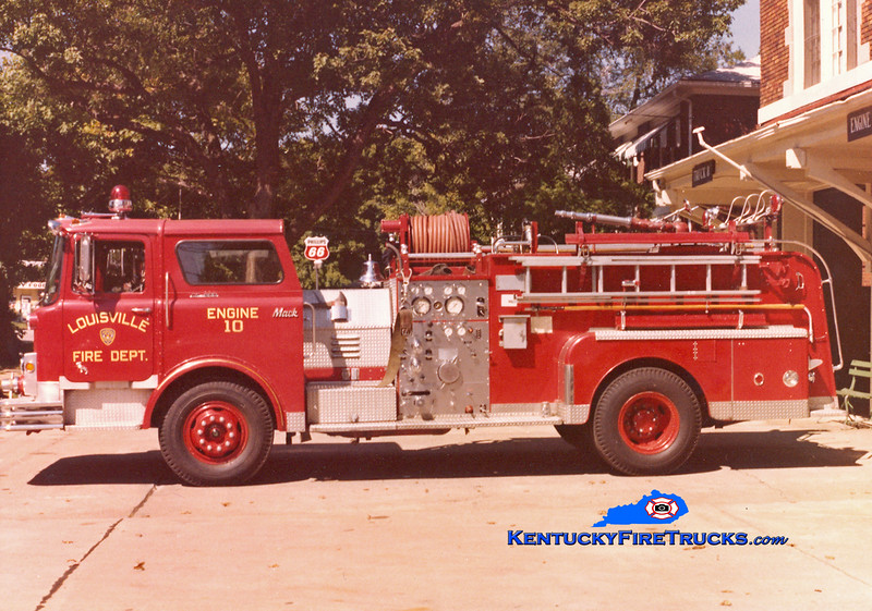 RETIRED <br /> Louisville  Engine 10<br /> 1971 Mack 1000/300<br /> Kent Parrish collection