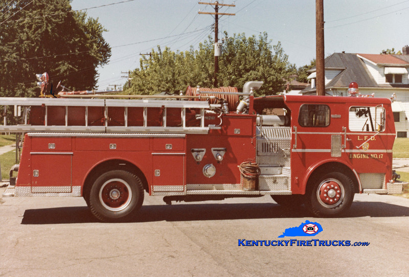 RETIRED <br /> Louisville Engine 17 <br /> 1970 Ward LaFrance 1000/300 <br /> Kent Parrish collection