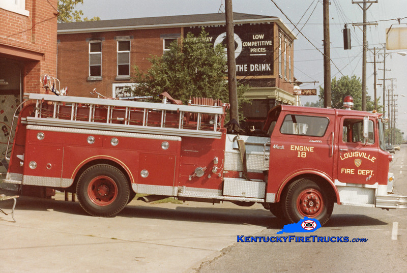 RETIRED <br /> Louisville Engine 18 <br /> x-Engine 7<br /> 1971 Mack CF 1000/300<br /> Kent Parrish collection