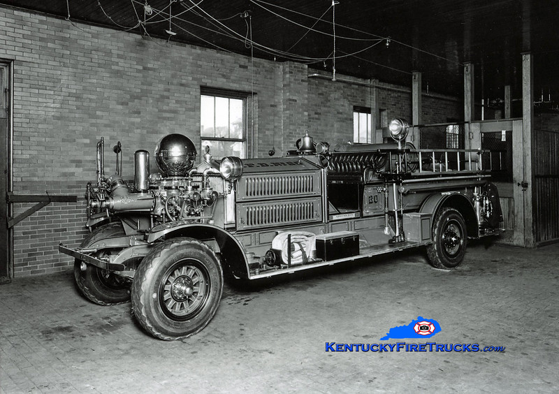 <center> RETIRED <br> Louisville  Engine 20 <br> 1923 Ahrens-Fox MS4 750/0  <br> Kent Parrish collection  </center>