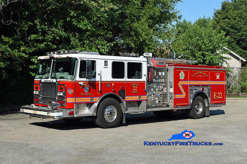Louisville Engine 22<br /> 2009 Seagrave Marauder II 2000/500/20<br /> Kent Parrish photo