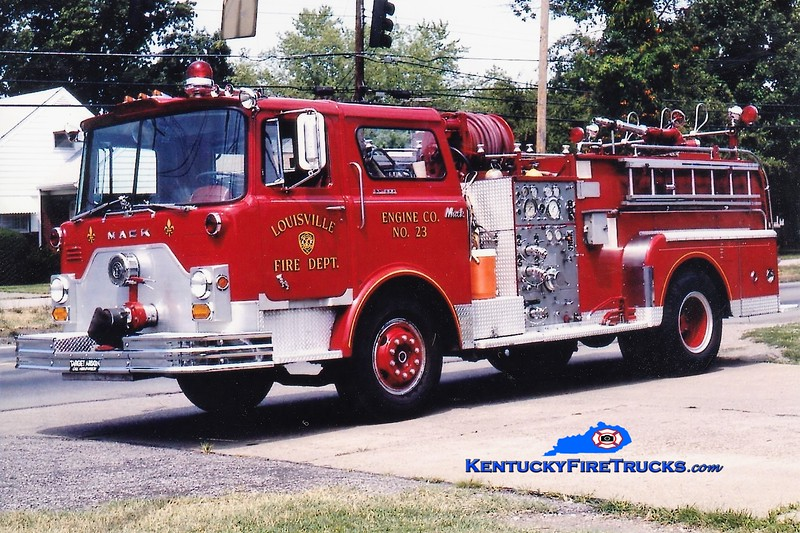 RETIRED <br /> Louisville Engine 23 <br /> 1971 Mack CF 1000/300 <br /> Greg Stapleton collection