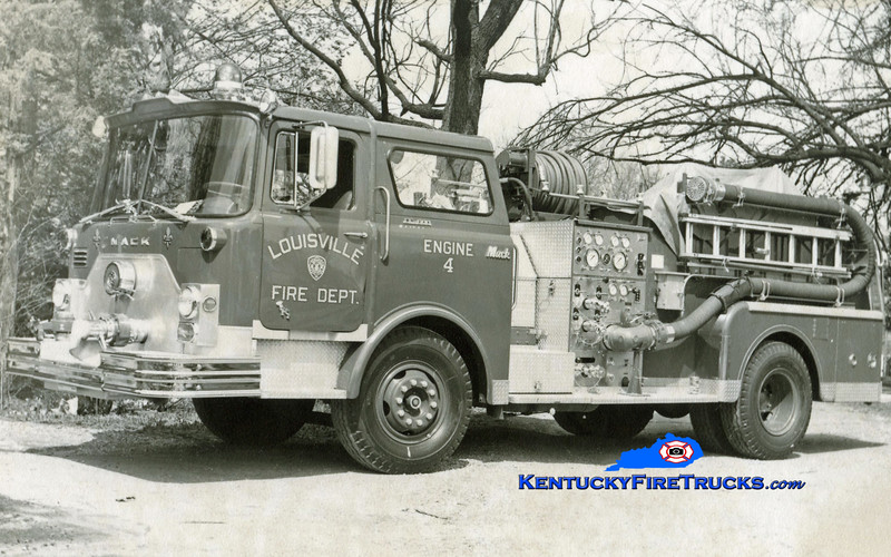 <center> RETIRED <Br> Louisville  Engine 4 <br> 1971 Mack CF 1000/300<br> Kent Parrish collection </center>