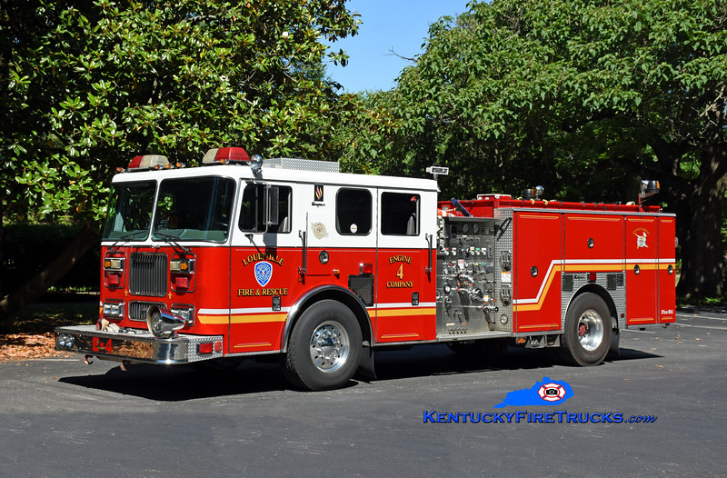 Louisville Engine 4<br /> x-Engine 8<br /> 2000 Seagrave Marauder 1500/500<br /> Kent Parrish photo
