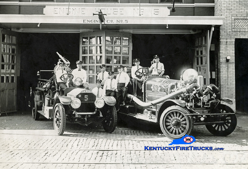 RETIRED<br /> Louisville Engine 5 and Wagon 5<br /> 1919 Ahrens-Fox 1400/0 and 1918 Nash<br /> Kent Parrish collection