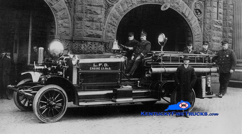 <center> RETIRED <BR> Louisville  Engine 5 <br> 1917 Ahrens-Fox M2 800/0 <br> Kent Parrish collection </center>
