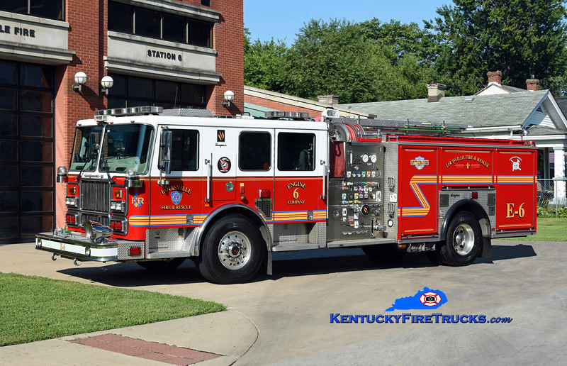 Louisville Engine 6<br /> 2009 Seagrave Marauder II 2000/500/20<br /> Kent Parrish photo