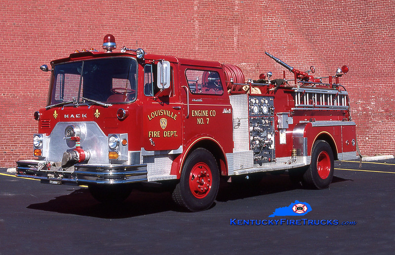 RETIRED<br /> Louisville  Engine 7<br /> x-Engine 21<br /> 1971 Mack CF 1000/300<br /> Kent Parrish collection