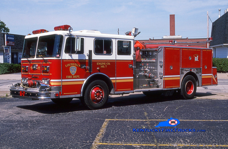 <center> Auxiliary Engine 109 <br> Louisville  Engine 7 <br> 1992 Seagrave JB 1500/500 <br> Greg Stapleton photo </center>