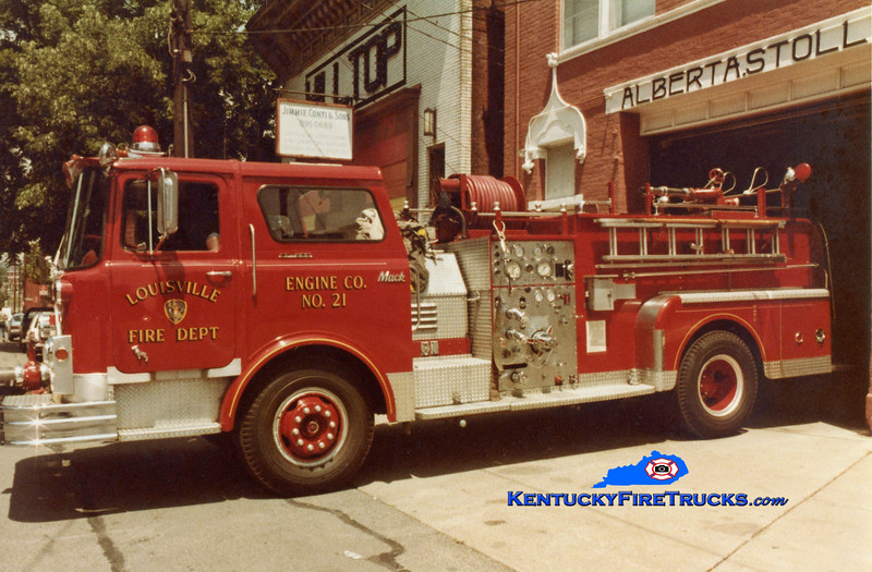 RETIRED<br /> Louisville Engine 21<br /> 1971 Mack CF 1000/300<br /> Kent Parrish collection