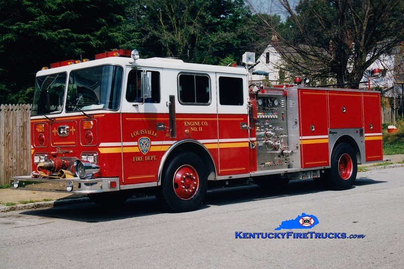 <center> Auxiliary Engine 115 <br> Louisville  Engine 11 <br> 1991 Seagrave JB 1500/500 <br> Greg Stapleton photo <br> </center>