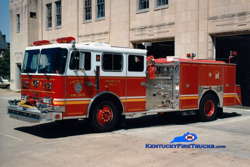 <center> RETIRED <br> Louisville  Engine 2 <br> 1995 Seagrave Commander 1500/500 <br> Greg Stapleton photo </center>