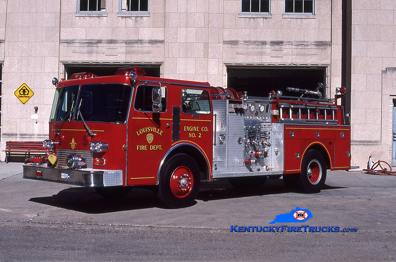 RETIRED <br /> Louisville Engine 2<br /> x-Engines 17 & 19<br /> 1983 Duplex-LFD/1970 Ward LaFrance 1000/500<br /> Kent Parrish collection