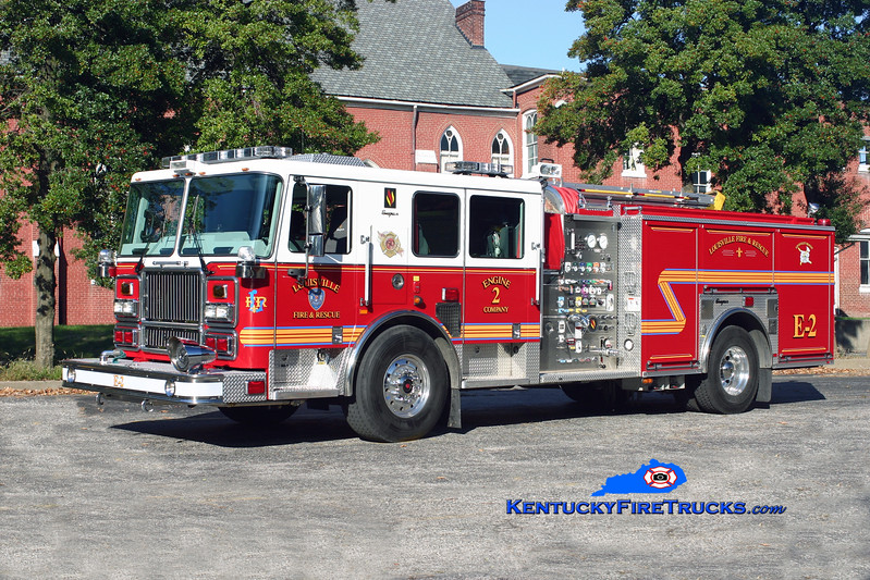 <center> Louisville  Engine 2 <br> 2009 Seagrave Marauder II 2000/500/20 <br> Kent Parrish photo </center>