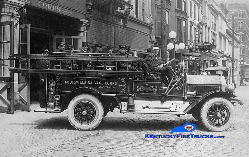 Louisville Salvage Corps<br /> 1915 Seagrave<br /> Kent Parrish collection