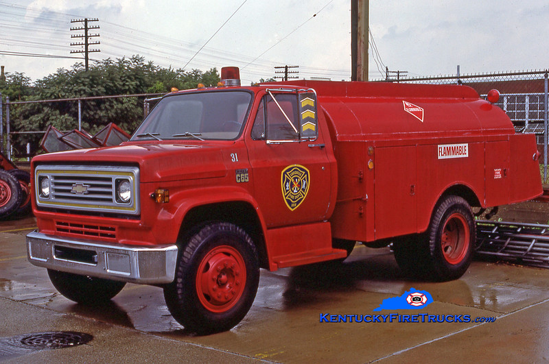 RETIRED<br /> Louisville Car 31 <br /> 1974 Chevy/Patterson Fuel Wagon<br /> Kent Parrish collection