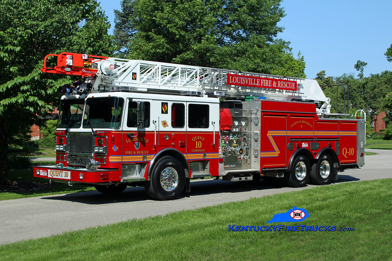 Louisville  Quint 10<br /> 2015 Seagrave Marauder II 1500/400/20/100'<br /> Kent Parrish photo