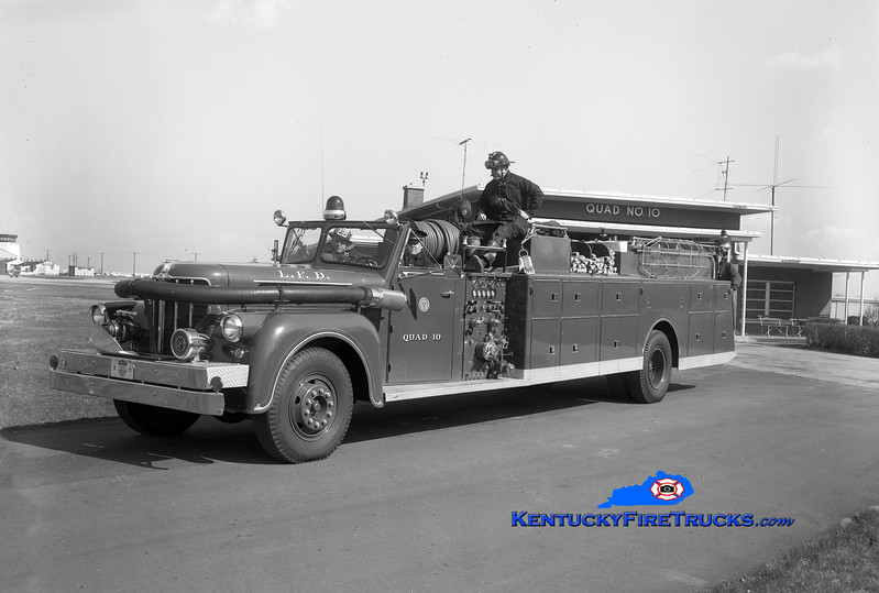 <center> RETIRED <br> Louisville  Quad 10 <br> 1958 Maxim 1000/200  <br> Kent Parrish collection </center>