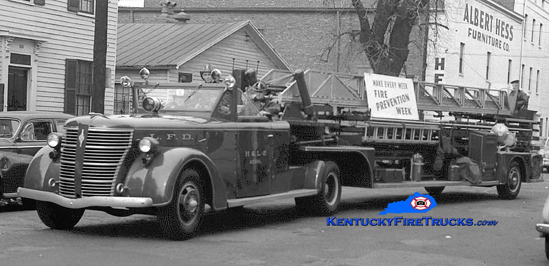RETIRED <br /> Louisville Truck 2 <br /> x-Truck 1 <br /> 1943 American LaFrance 500 Series 100' <br /> Kent Parrish collection