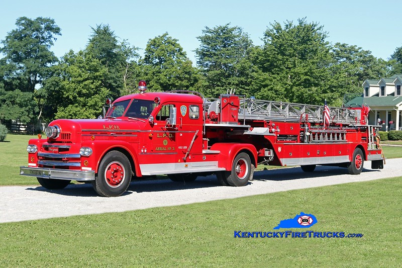 *Privately owned<br /> Louisville  Truck 3<br /> 1966 Seagrave Anniversary 100' <br /> Kent Parrish photo