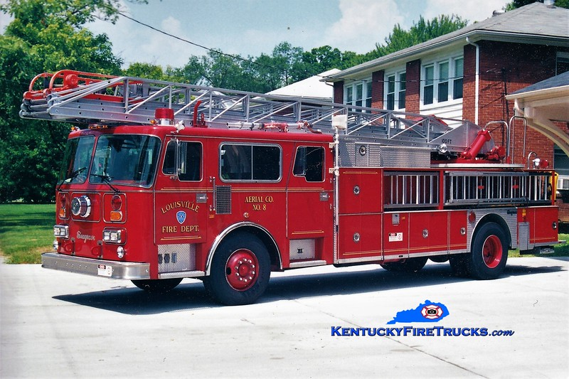 RETIRED <br /> Louisville Truck 8<br /> x-Truck 4  <br /> 1988 Seagrave Read Admiral 100' <br /> Greg Stapleton collection