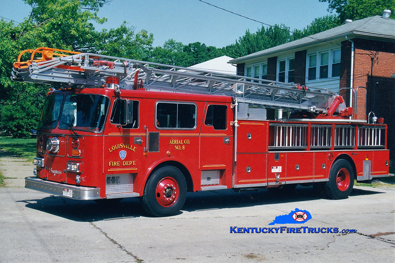RETIRED <br /> Louisville Truck 8 <br /> 1987 Seagrave Read Admiral 100' <br /> Greg Stapleton photo