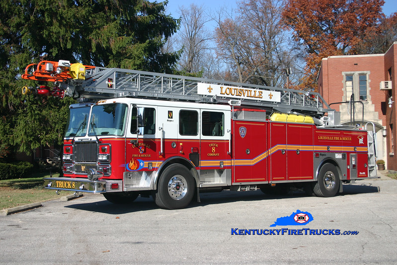 <center> Louisville  Truck 8 <br> 2007 Seagrave Marauder II 100'  <br> Kent Parrish photo </center>