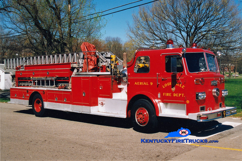 RETIRED <br /> Louisville Truck 9 <br /> 1977 Pirsch 85' <br /> Greg Stapleton photo