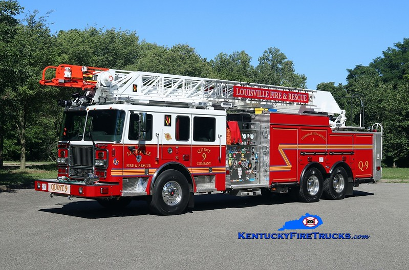Louisville  Quint 9<br /> 2017 Seagrave Marauder II 1500/400/20/100'<br /> Kent Parrish photo