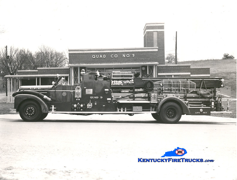 <center> RETIRED <br> Louisville  Quad 9 <br> 1951 Seagrave 750/100 <br> Kent Parrish collection  </center>