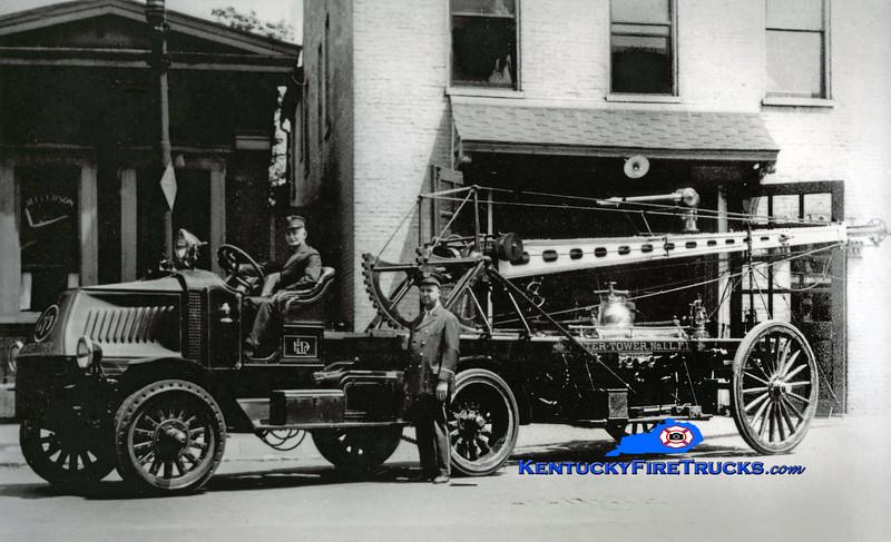 <center> Louisville  Water Tower 1 <br> 1919 Mack AC/1892 Hale 55'  <br> Kent Parrish collection <br> </center>