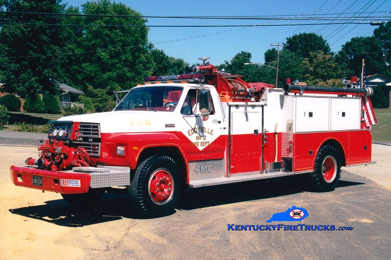 <center> RETIRED <br> Eddyville  Engine 502 <br> 1981 Ford F-800/FMC 750/750 <br> Kent Parrish photo </center>