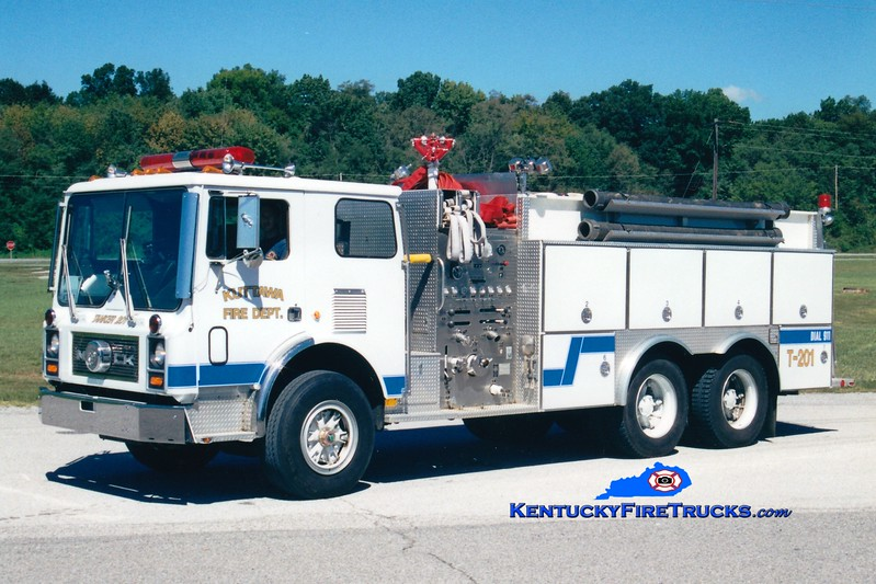 <center> RETIRED <br> Kuttawa  Tanker 201 <br> 1987 Mack MC/2001 4-Guys 1250/3000<br> Greg Stapleton photo </center>