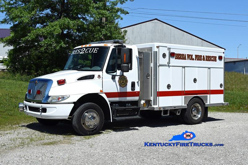Berea Vol Fire & Rescue Squad Rescue 2<br /> 2001 International 4300/AWSI/2014 NEFA/2021 FD <br /> Kent Parrish photo