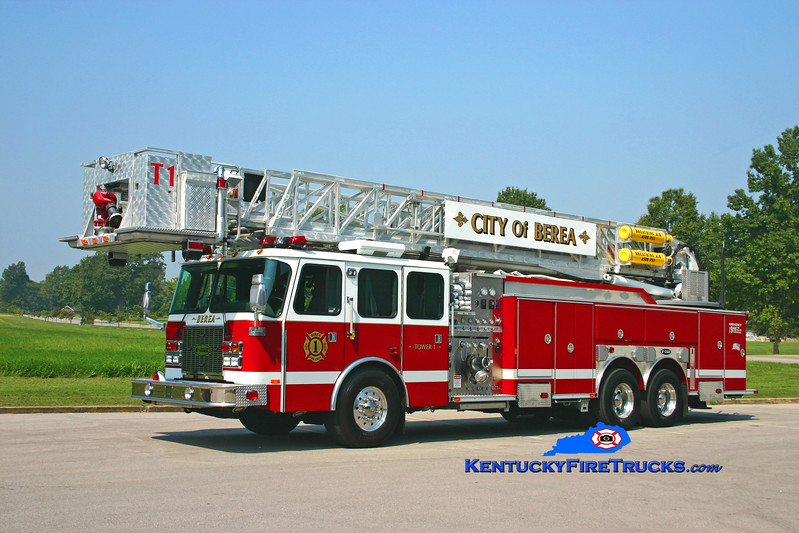 <center> City of Berea  Tower 1 <br> 2002 E-One Cyclone II 2000/300/95' <br> Kent Parrish photo </center>
