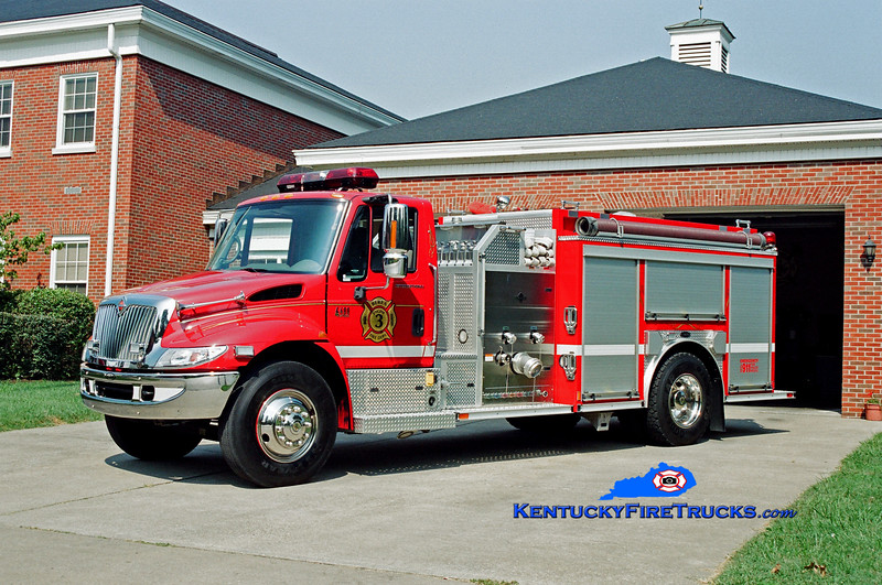 <center> City of Berea Engine 3 <br> 2002 International 4400/E-One 1500/1000 <br> Kent Parrish photo </center>