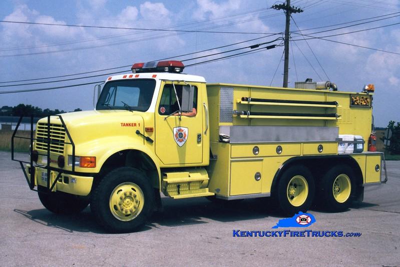 <center> RETIRED <br> Bluegrass Army Depot  Tanker 9 <br> 1991 International 4900 6x6/KME 250/1200 <br> Greg Stapleton photo </center>
