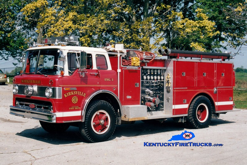 <center> RETIRED <br> Kirksville  Engine 3 <br> x-Oaks, PA <br> 1972 Ford C/Pierce 1000/750 <br> Greg Stapleton photo </center>
