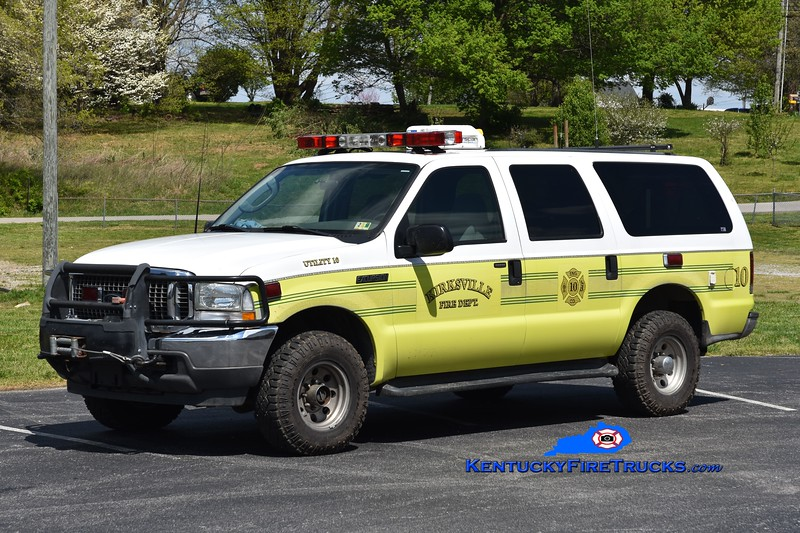 Kirksville Utility 10<br /> x-Purcellville, VA<br /> 2004 Ford Excursion 4x4<br /> Greg Stapleton photo