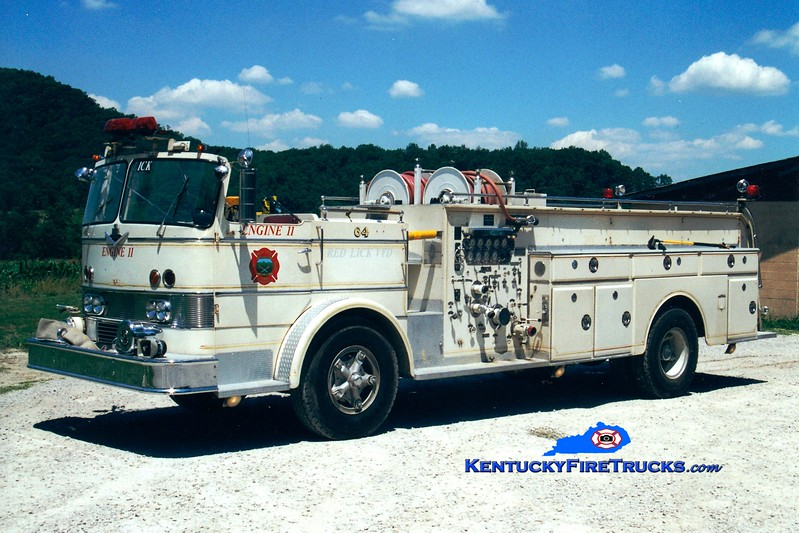 <center> RETIRED <br> Red Lick  Engine 11 <br> x-Black Mudd, KY <br> 1964 International CO-8190/Oren 1000/300 <br> Greg Stapleton photo </center>