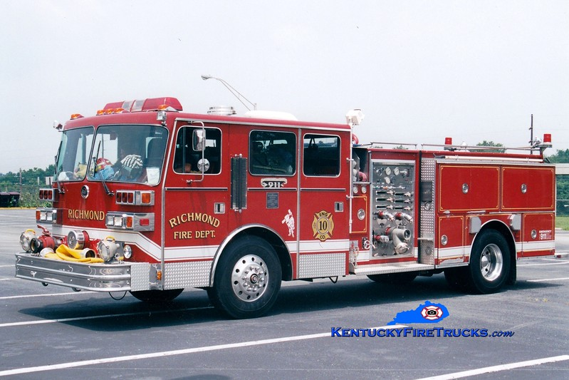 <center> RETIRED <br> Richmond  Former Engine 5, 8, and 10 <br> 1989 Sutphen Deluge 1500/750 <br> Greg Stapleton photo </center>
