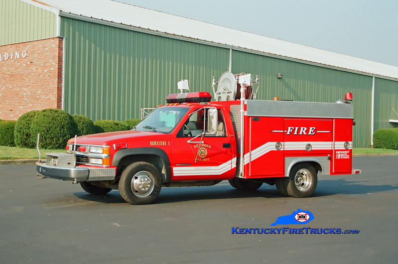 <center> Richmond  Brush 1 <br> 1995 Chevy 3500 4x4/E-One 250/300 <br> Kent Parrish photo <br> </center>