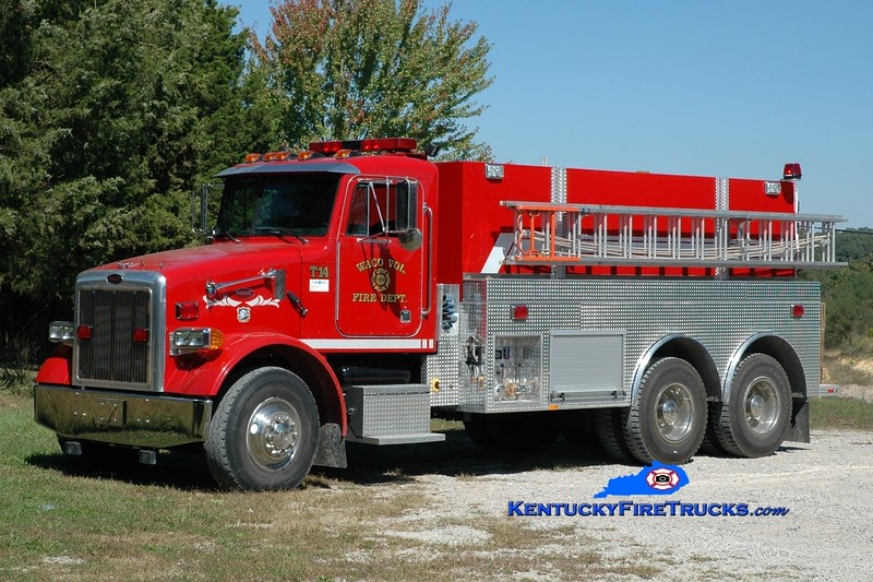 <center> Waco  Tanker 14  <br> 2001 Peterbilt/2013 Southeast 250/2500 <br> Greg Stapleton photo </center>