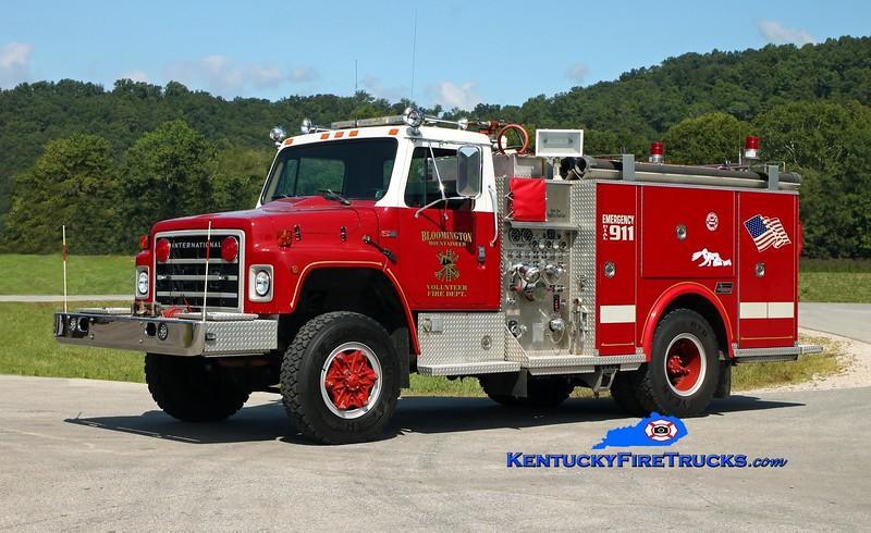 <center> Bloomington Mountaineer  Engine 2  <br> x-Fogelsville, PA <br> 1986 International S1800 4x4/Saulsbury 750/300 <br> Kent Parrish photo </center>