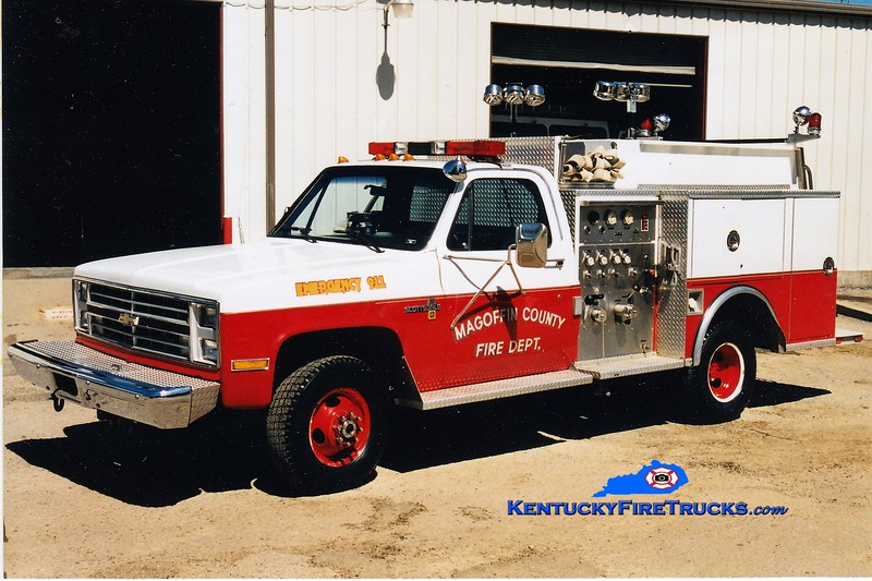 RETIRED<br /> Magoffin County  Engine 2<br /> 1987 Chevy K30 4x4/Wordwide Fire Equipment 400/250<br /> Greg Statpleton photo